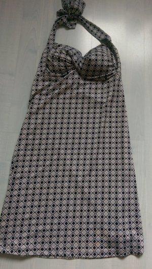 Schönes Neckholder Kleid mit Muster