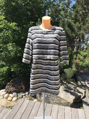 Schönes neues Boucle´- Kleidchen * Größe L * 38/40