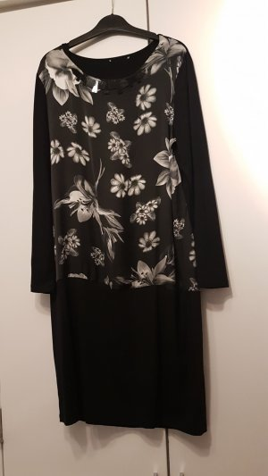 Schönes neuwertiges Kleid Gr.42/44!Allerletzte Preissenkung!