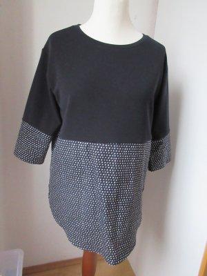Schönes Oberteil, Pulli, Sweater, dunkelblau und weiß