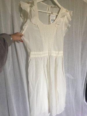 Schönes romantisches Kleid