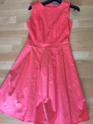 Schönes rotes Sommerkleid Gr M