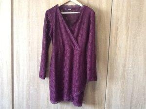 Schönes, schickes Kleid in Pflaume Gr 36/38