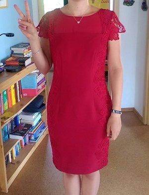 schönes, schlichtes, figurbetonendes Kleid, Größe 38, wie neu