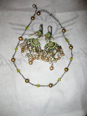Schönes Schmuckset in Olive und Goldgrün