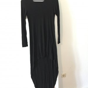 Schönes schwarze Kleid
