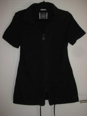 Schönes schwarzes Kleid mit durchgehendem Reissverschluss