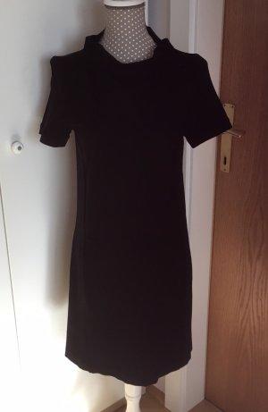 Schönes schwarzes Kleid von VICOLO