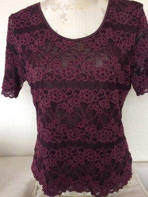 Schönes Shirt aus Spitze in Aubergine