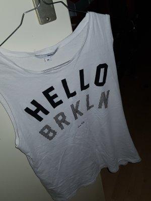 schönes shirt ohne ärmel.