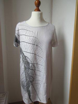 Schönes Shirt Tunika hellgrau mit einem Print
