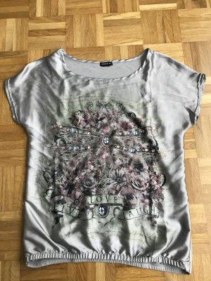 Schönes Shirt von Amisu