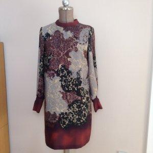 schönes Shirtdress / Kleid der Marke Sisley - super Zustand