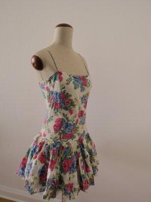 Schönes Sommerkleid Blumenkleid von ZARA