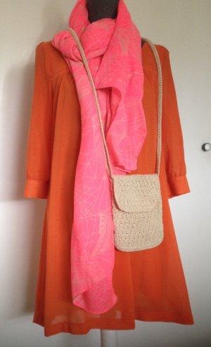 schönes Sommerkleid in Orange