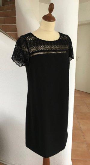 Schönes Sommerkleid mit Lochstickerei von Esprit Schwarz Gr. 38