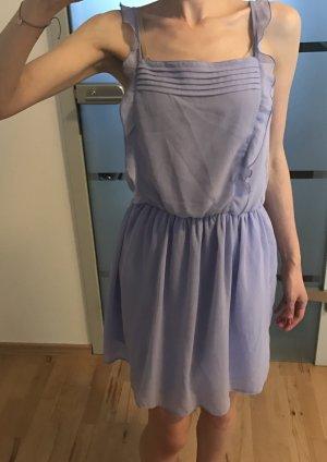 Schönes Sommerkleid von Zara in Flieder in gr. XS
