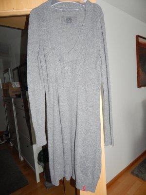 schönes Stirckkleid von EDC by Esprit