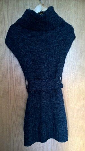 Schönes Strickkleid dunkelblau von Mötivi mit Gürtel (Gr. S)