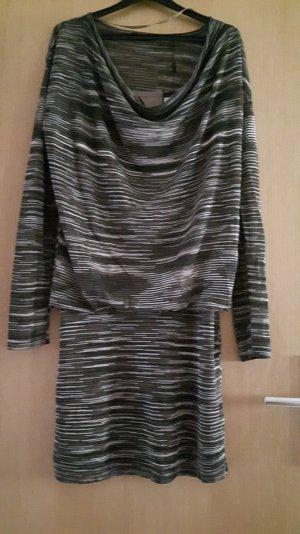 Schönes Styliches Kleid von Esprit Gr.S