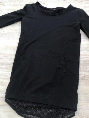 Schönes Sweatshirtkleid mit Netz
