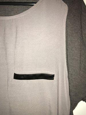 Schönes T-Shirt in Materialmix