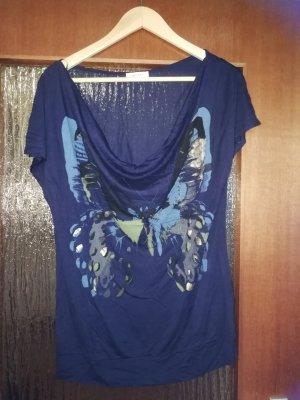 Schönes T-shirt mit Schmetterling