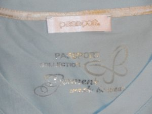 Schönes T-Shirt von Passport in GR S, hell blau