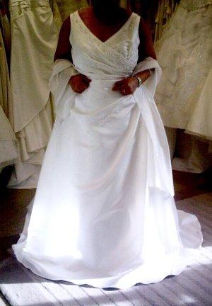 Schönes Träger Brautkleid weiss