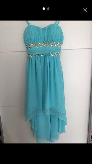 Schönes Tükisenes Kleid