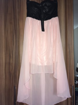 Schönes Vokuhila-Kleid