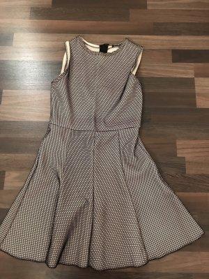 Schönes Zara Kleid