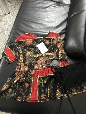 Schönes Zara Shirt Oberteil Peplum Schößchen Neu