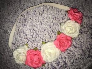 Schönes Zweifarbiges Blumenhaarband