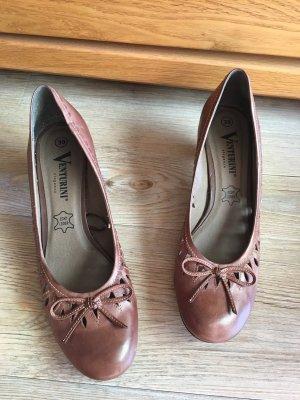 Schuh mit Absatz, Venturini, Gr. 39