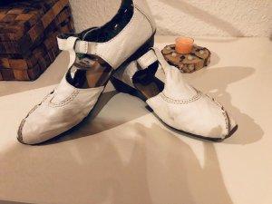 Schuh weiß