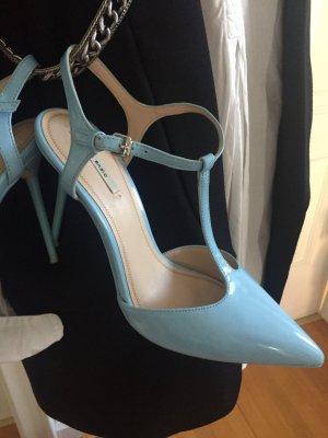 Zara Basic Sandalo con cinturino azzurro