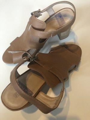 Sandalo con cinturino e tacco alto color cammello-marrone chiaro