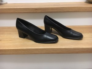 Ariane Loafers black