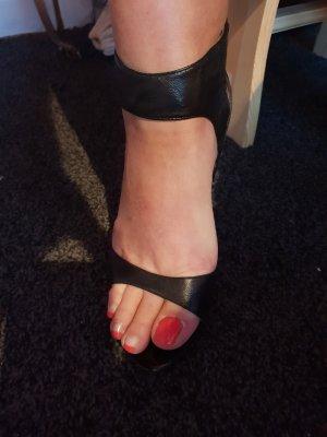 Guess Sandalias de tacón alto negro