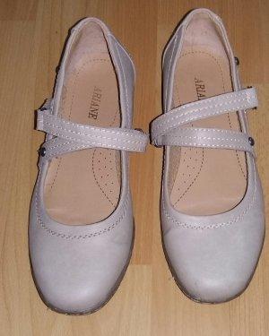 Ariane Ballerina beige
