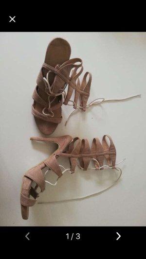Escarpins à lacets marron clair-brun
