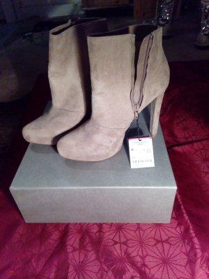 Schuhe aus echtem Leder von Zara noch neu!