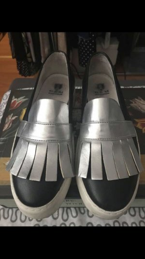 Schuhe aus Leder