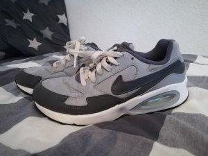 Nike Sneaker stringata grigio-antracite