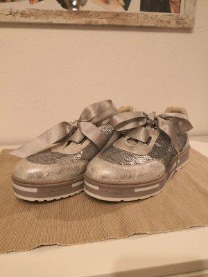 Bata Chaussures à lacets argenté-gris clair