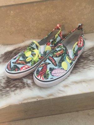 Schuhe bunt