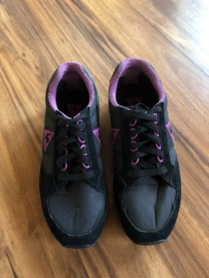 Le coq sportif Shoes magenta-black