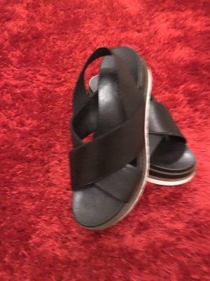 Inuovo Sandalias cómodas negro-blanco