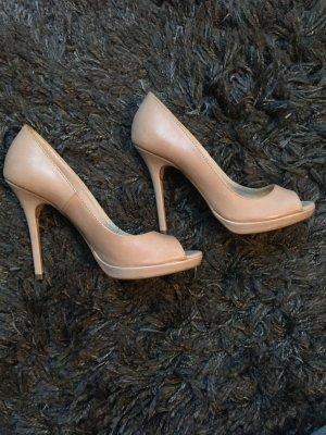 Schuhe/echtes Leder/Pumps/ 38/ nie getragen